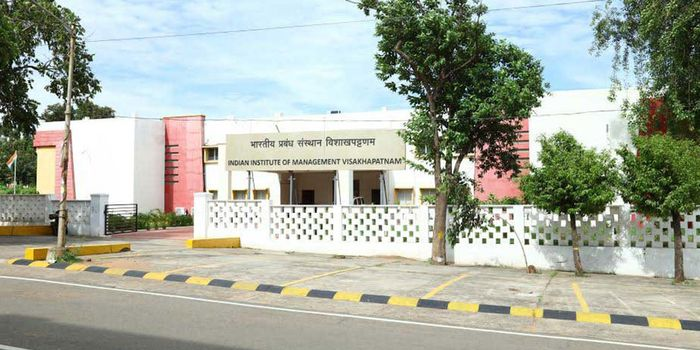 IIM Visakhapatnam Final Placement Report 2018 - Sales & Marketing domain makes 44 percent offers