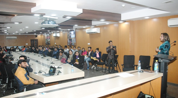 QED Group Collaborates with Hansraj College to build data visualization capacity