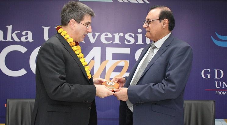 GD Goenka University Signs MoU with Essex University