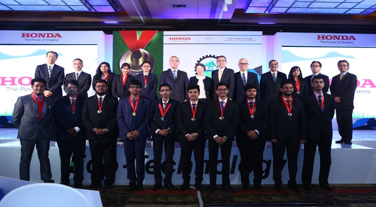 Young IITians facilitated with Y-E-S awards by Honda Foundation