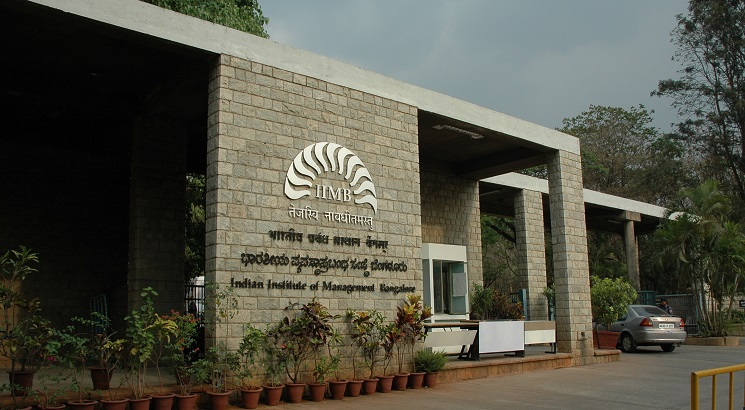 IIM Bangalore to confer distinguished Alumni Awards on annual Convocation ceremony eve