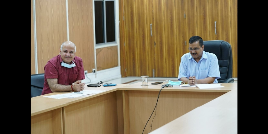 Delhi CM asks education minister to amend DU Act to add new colleges