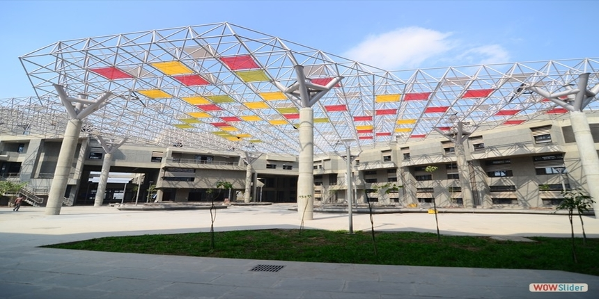 IITGN welcomes new BTech students with a virtual campus tour
