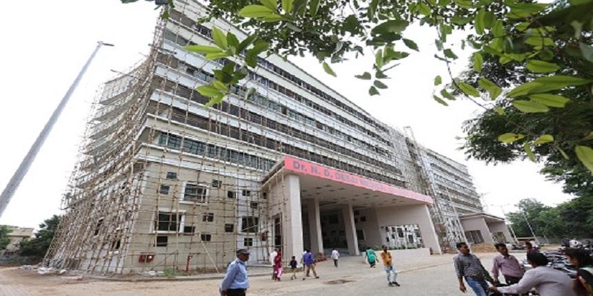 Gujarat university near COVID-19 hotspot to hold offline exams in June