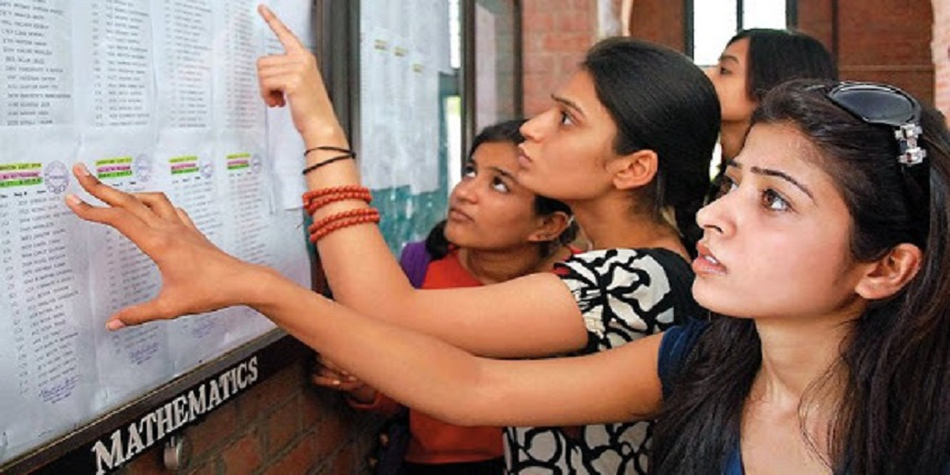 DU holds webinar on questions related to college admissions