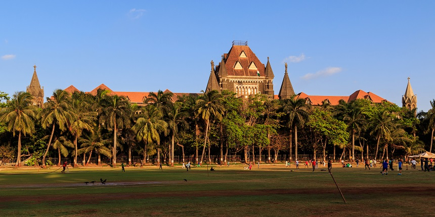 Bombay HC stays Maharashtra order for academic institutions on no fee hike