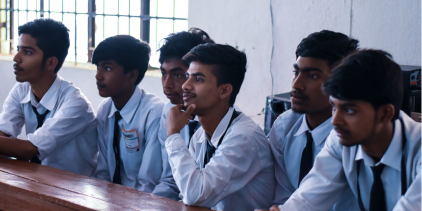 MP: Laptop incentive scheme for Class XII students resumes
