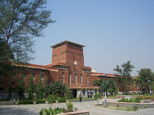 Students Are Successfully Attempting Open Book Exam: Delhi University