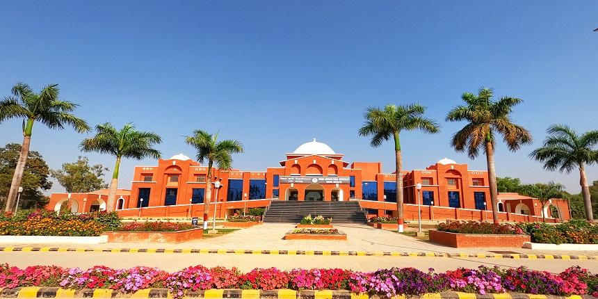 Nitish inaugurates Bihar Agriculture University's new buildings