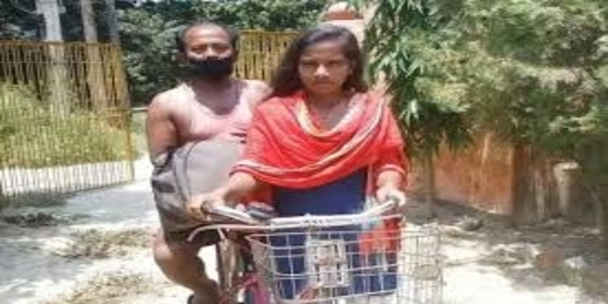 """""""Cycle girl"""" from Bihar interacts with PM Modi"""