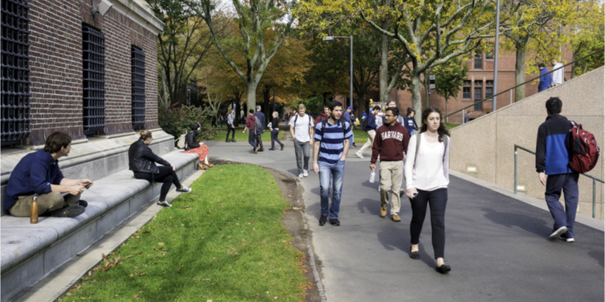 Visa woes for Indian students attending Canadian universities online