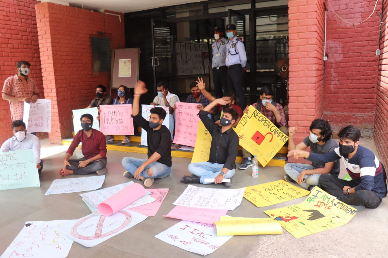 IIMC students demand reopening of campus, extension of semester