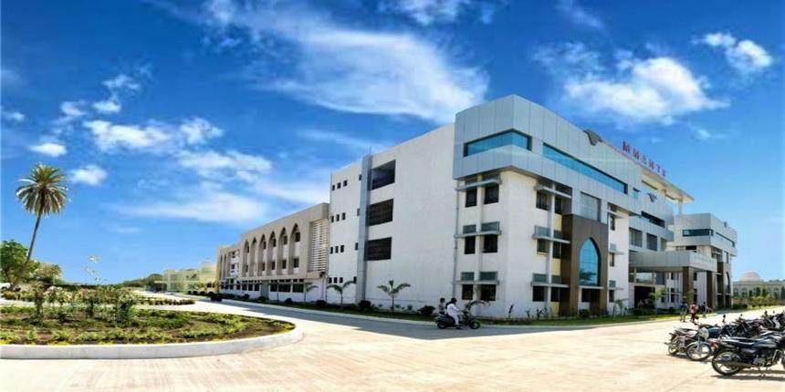 MMANTC offers scholarships for Maharashtra students studying engineering