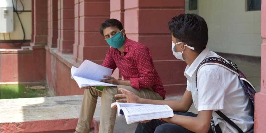 Maharashtra Covid task force may allow offline classes for college students: Report