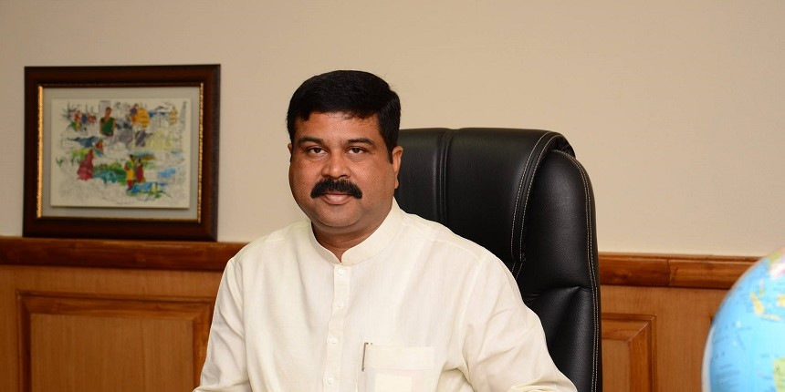 Odisha: Dharmendra Pradhan discusses education with heads of educational institutions
