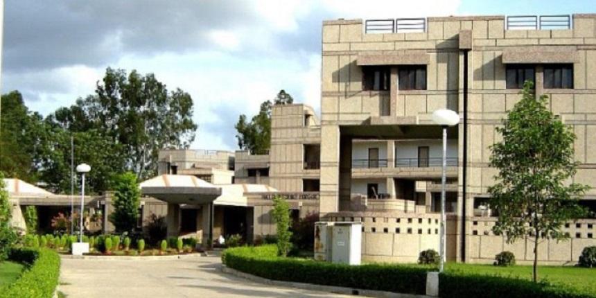 IIT Kanpur sanctions students entrepreneurship policy
