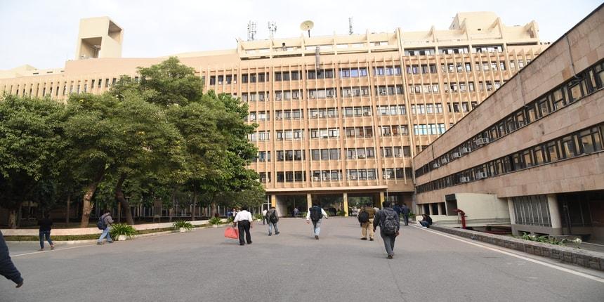IIT Delhi alumnus endows chairs in civil and electrical engineering