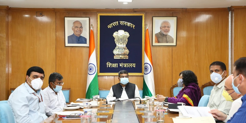 Union education minister reviews status of school reopening across India