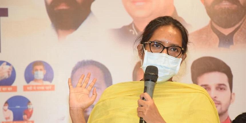 Third FYJC cut-off list for over 1.60 lakh students on September 13: Varsha Gaikwad
