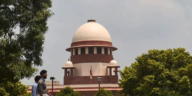 NEET SS 2021: SC issues notice on 'abrupt last minute changes' in exam pattern