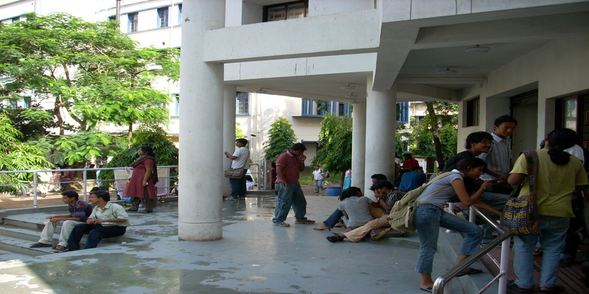 Jadavpur university to organise free vaccination camp for students