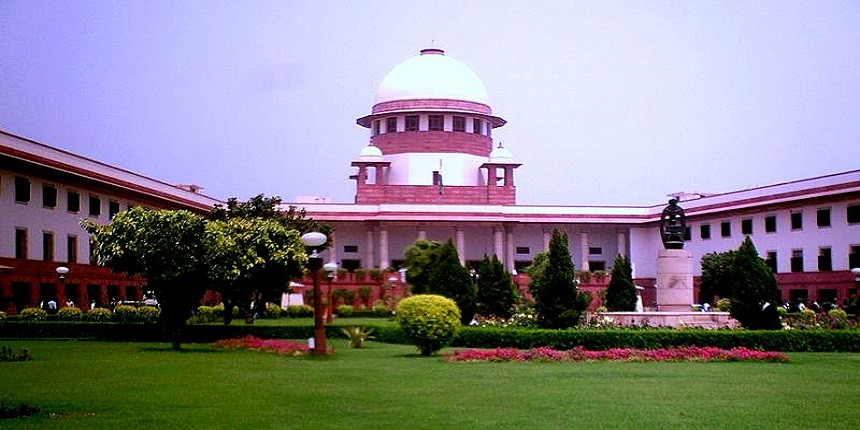Supreme Court stays Kerala HC proceedings over Centre's 10 percent reservation to EWS