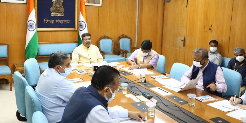 Central Universities to work on filling up 6,000 vacant posts by October: Dharmendra Pradhan