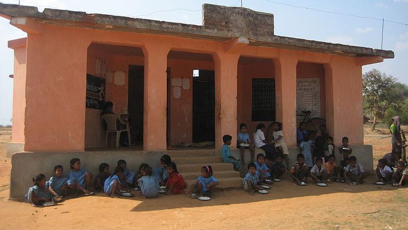 800px-Orissa_school%20(1)_jSvDuWO