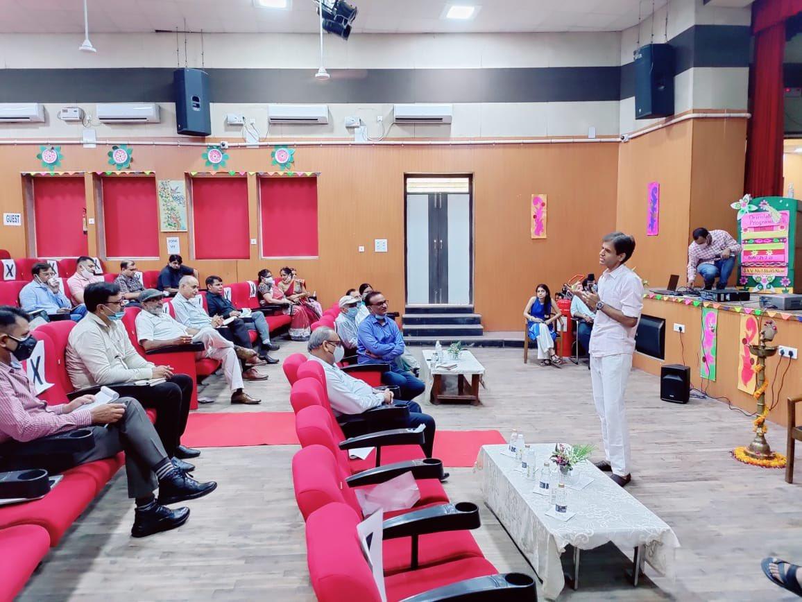 udit-prakash-directorate-of-education-gnct-delhi-twitter-ib-orientation-featured-image