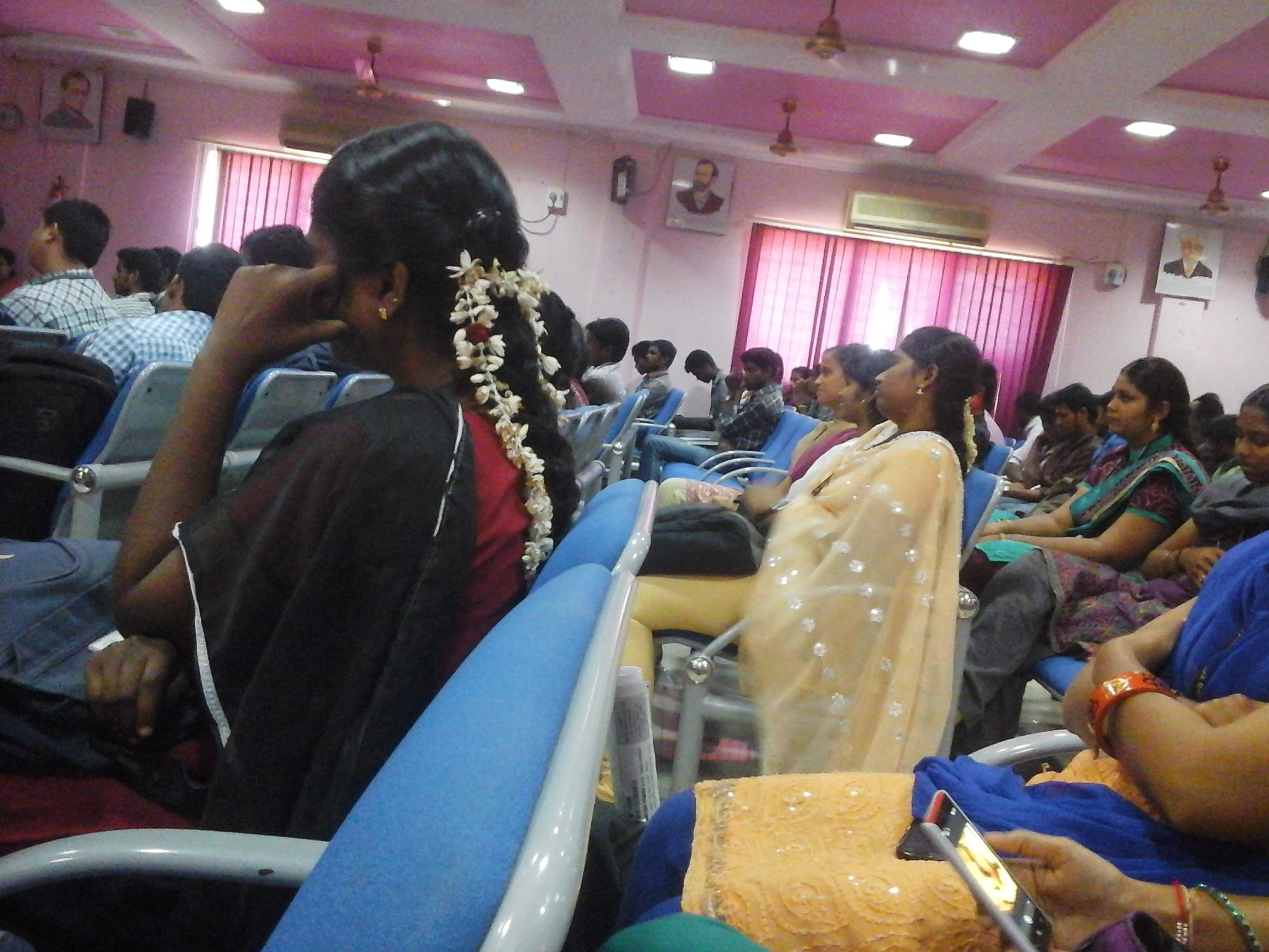 Mgr College Courses Fee Cut Off Ranking Admission Placement Careers360 Com