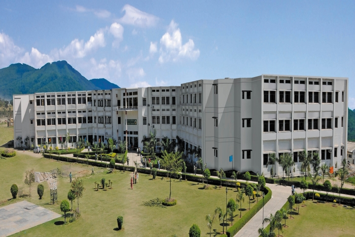 https://cache.careers360.mobi/media/colleges/social-media/media-gallery/10/2018/9/27/Campus View of Baddi University of Emerging Sciences and Technology Baddi_Campus-View.jpg