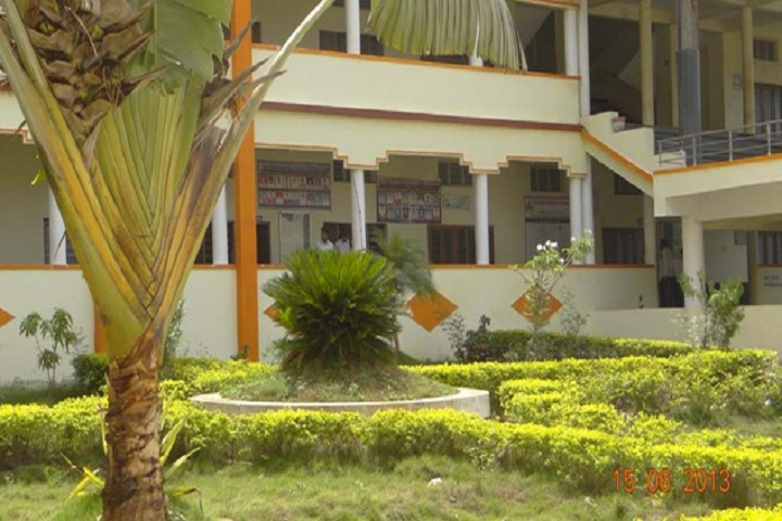 https://cache.careers360.mobi/media/colleges/social-media/media-gallery/10042/2018/9/20/Campus View with garden image  of Vikas Group of Institutions Vijayawada_Campus-View.jpg