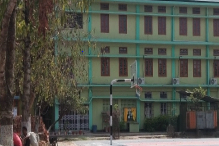 https://cache.careers360.mobi/media/colleges/social-media/media-gallery/10055/2019/5/25/Campus view of Tezpur College Tezpur_Campus-view.PNG