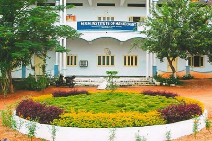 https://cache.careers360.mobi/media/colleges/social-media/media-gallery/10065/2019/3/2/Campus View of MRM College of Pharmacy Hyderabad_Campus-View.jpg