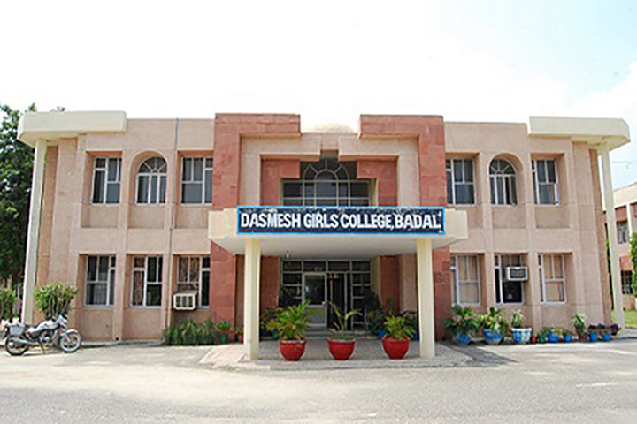 https://cache.careers360.mobi/media/colleges/social-media/media-gallery/10101/2019/2/28/Campus View of Dashmesh Girls College Badal_Campus-View.jpg