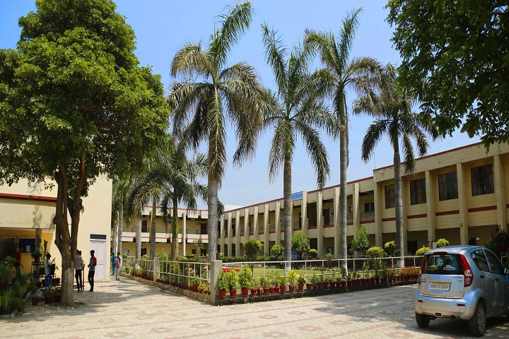 https://cache.careers360.mobi/media/colleges/social-media/media-gallery/10102/2020/2/7/Campus  view of Guru Teg Bahadur National College Ludhiana_Campus-View.jpg