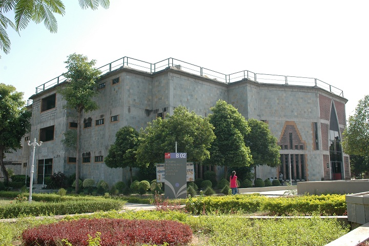 https://cache.careers360.mobi/media/colleges/social-media/media-gallery/10254/2019/3/6/College Building Of Acharya Motibhai Patel Institute of Computer Studies Mehsana_Campus-View.JPG
