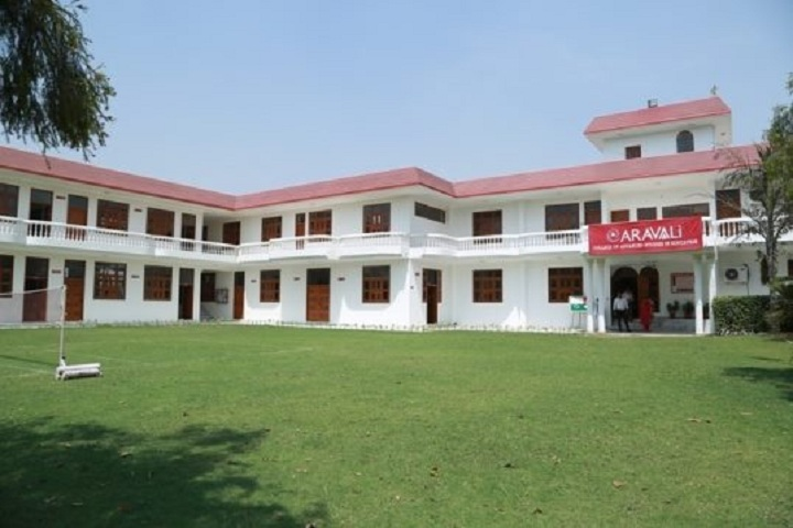 https://cache.careers360.mobi/media/colleges/social-media/media-gallery/10305/2019/2/21/Campus view of Aravali College of Advanced Studies in Education Faridabad_Campus-view.jpg