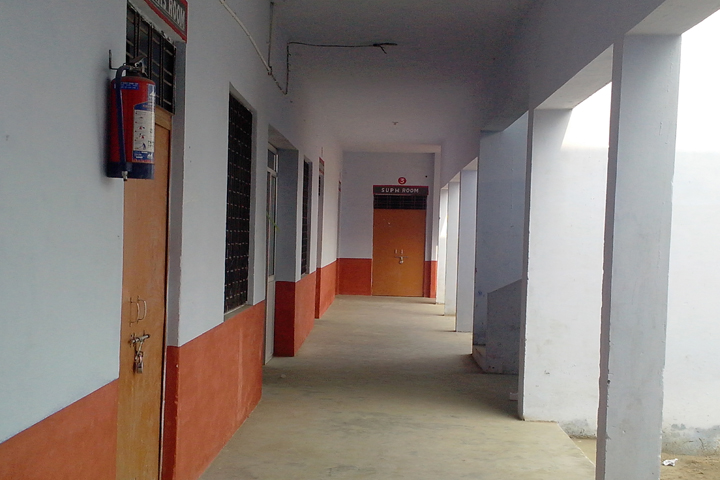 https://cache.careers360.mobi/media/colleges/social-media/media-gallery/10457/2018/12/10/Inside Campus of Swami Vivekanand Mahavidyalaya Shahjhanpur_Campus-View.jpg