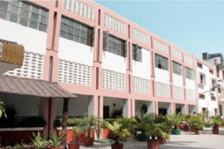 https://cache.careers360.mobi/media/colleges/social-media/media-gallery/10585/2019/2/25/Campus view of Montgomery Guru Nanak College of Education Jalandhar_Campus-View.PNG