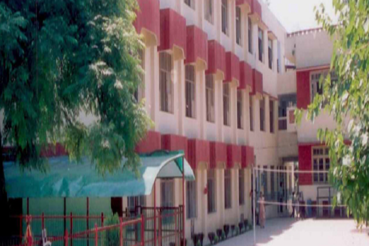 https://cache.careers360.mobi/media/colleges/social-media/media-gallery/10586/2019/2/18/Campus View of MIER College of Education Jammu_Campus-View.png