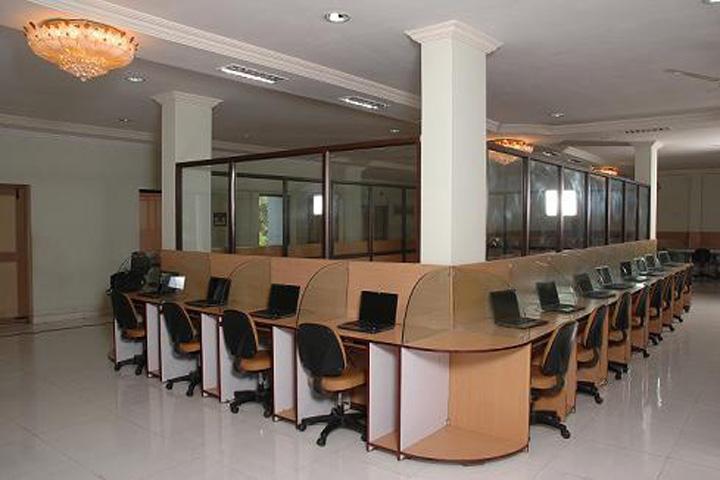 https://cache.careers360.mobi/media/colleges/social-media/media-gallery/1069/2015/12/10/60361-Rajiv-Gandhi-College-for-PG-and-Professional-Studies-Rajahmundry9.jpg