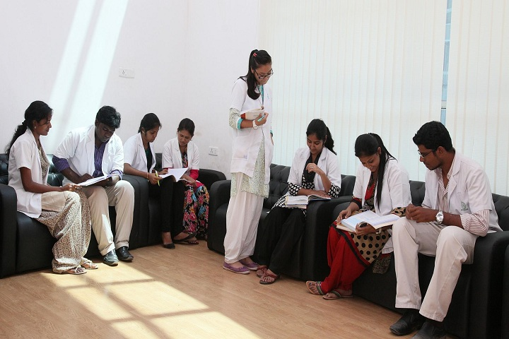 https://cache.careers360.mobi/media/colleges/social-media/media-gallery/1071/2018/4/20/Sri-Balaji-Vidyapeeth-University-Pondicherry-(6).jpg