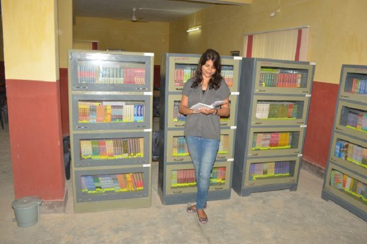 https://cache.careers360.mobi/media/colleges/social-media/media-gallery/10800/2019/2/25/Library of Samarpandeep B Ed College Ranchi_Library.jpg