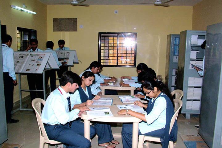 https://cache.careers360.mobi/media/colleges/social-media/media-gallery/10927/2016/9/10/Shri-VJ-Modha-College-Porbandar-(17).jpg