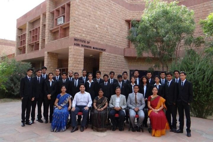 https://cache.careers360.mobi/media/colleges/social-media/media-gallery/1093/2019/7/9/Institute of Agri business management of Swami Keshwanand Rajasthan Agricultural University Bikaner_Campus-view.jpg