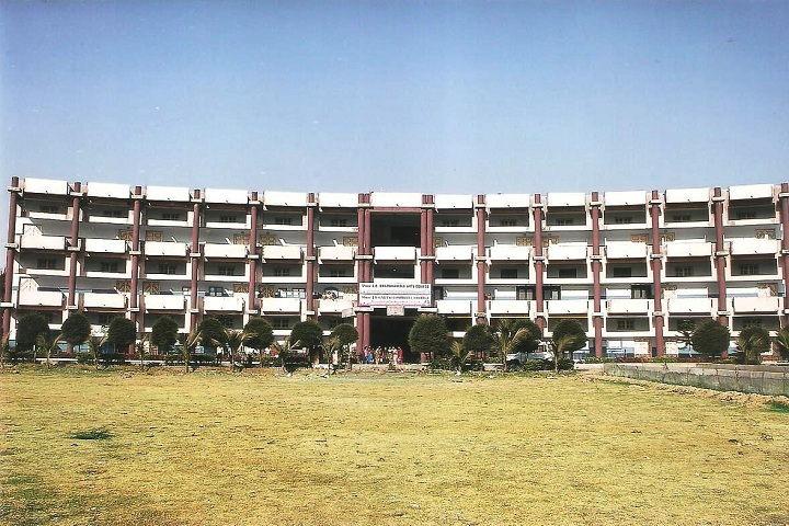 https://cache.careers360.mobi/media/colleges/social-media/media-gallery/10932/2019/2/21/Campus view of Shree JB Dharukawala Mahila Arts College Surat_Campus-view.jpg