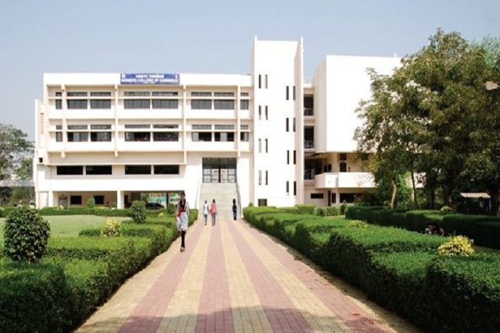 https://cache.careers360.mobi/media/colleges/social-media/media-gallery/10940/2018/10/24/Campus view of Vanita Vishram Womens College of Commerce Surat_Campus-view.jpg