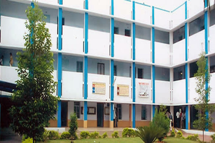 https://cache.careers360.mobi/media/colleges/social-media/media-gallery/10961/2020/1/25/Campus View of Anand Commerce College Anand_Campus-View.jpg