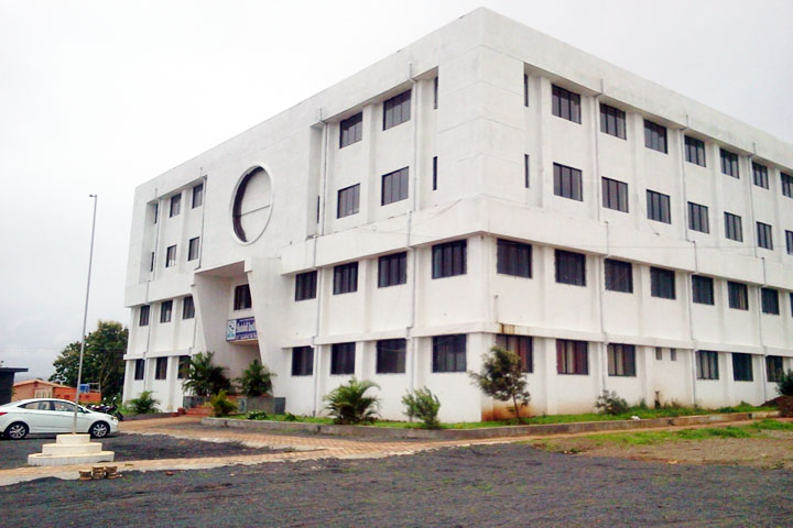 https://cache.careers360.mobi/media/colleges/social-media/media-gallery/11036/2018/10/2/Campus view of Shatabdi Institute of Technology Nashik_Campus-view.jpg